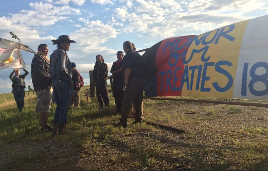 Standing Rock Sioux Tribe Supporters Block Construction Of Dakota